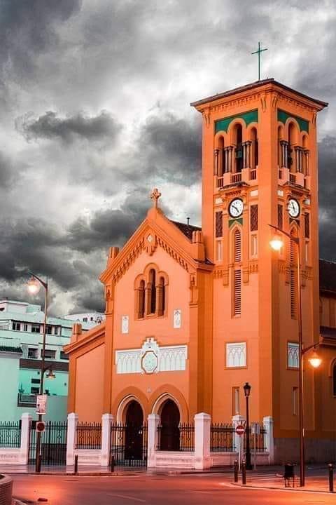 الكنيسة الإسبانية