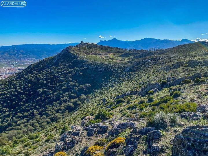 الصورة لقمة جبل درسة تطوان