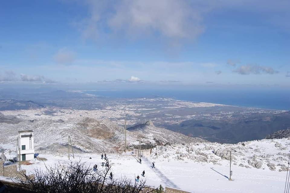 """الصورة ل""""الإذاعة"""" أعلى نقطة بجبل غورغيز ، تطوان"""