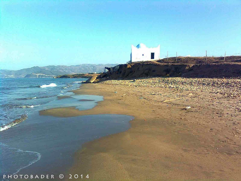 الصورة من شواطئ ضريح عبد السلام دالبحر جماعة أزلا تطوان